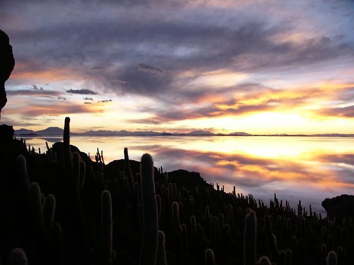 coucher de soleil isla incahuasi